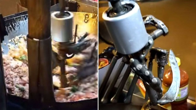 Pedagang di Malang masak nasi goreng dibantu robot