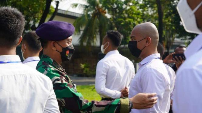 VIVA Militer: Wadan Lantamal III Jakarta mengecek kesiapan calon prajurit TNI AL