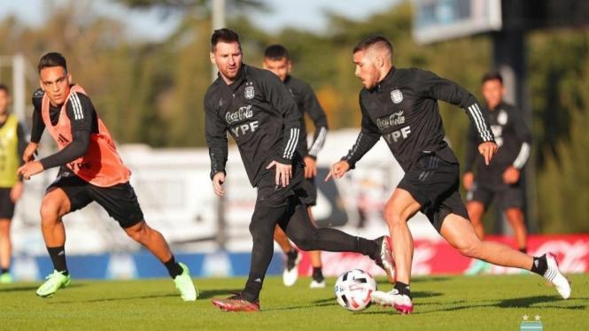 Lionel Messi saat latihan Timnas Argentina