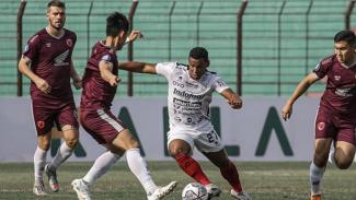 Pertandingan PSM Makassar vs Bali United