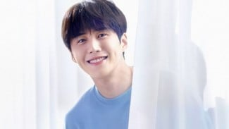Kim Seon Ho.