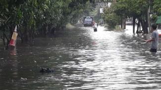 Banjir di Perumahan Taman Narogong, Bekasi