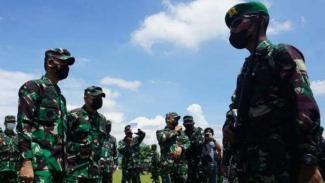 VIVA Militer: Asops Panglima TNI cek kesiapan Satgas Pamtas Yonif 126/Kala Cakti