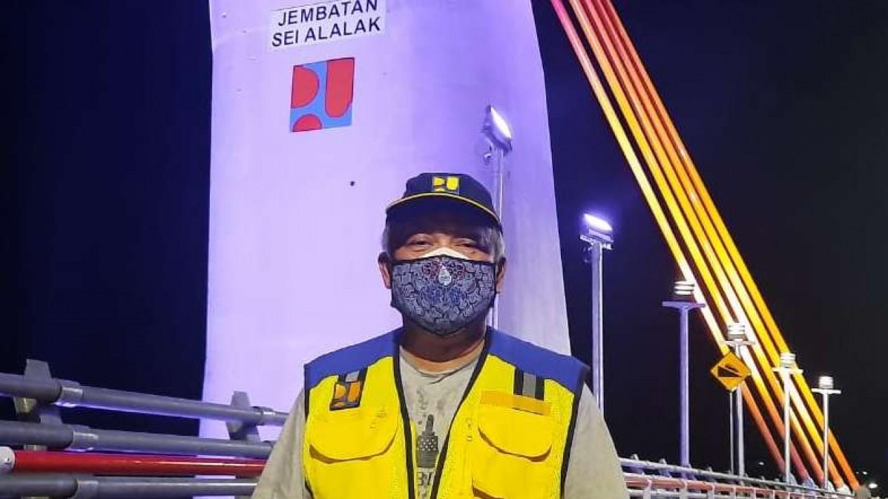 Menteri PUPR Basuki Hadimuljono di Jembatan Sei Alalak, Banjarmasin.