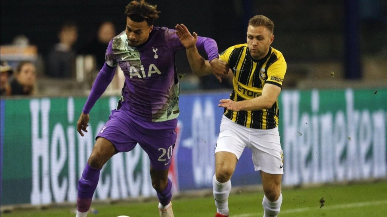 Pertandingan Vitesse vs Tottenham Hotspur di Liga Konferensi Eropa.