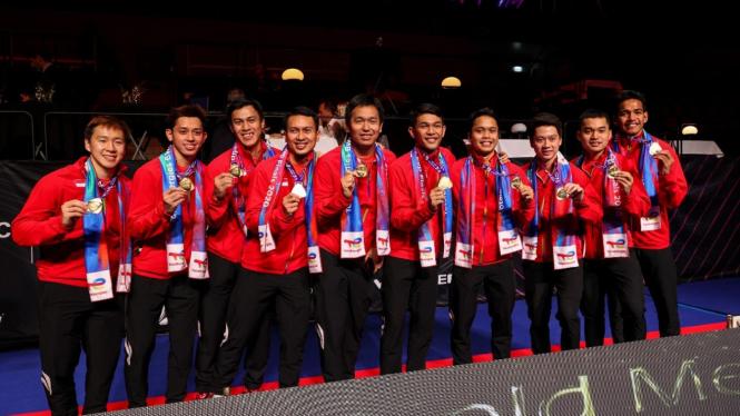 Tim Indonesia usai menjuarai Piala Thomas 2020