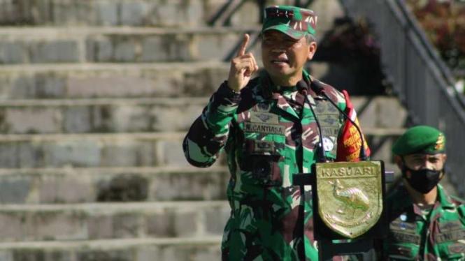 VIVA Militer: Pangdam XVIII/Kasuari, Mayjen TNI I Nyoman Cantiasa
