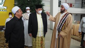 Ketum Golkar Airlangga Hartarto, Habib Syech dan Ustaz Yusuf Mansur