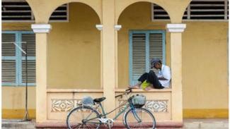 Ilsutrasi ada orang yang masa tua pensiun miskin padahal dulu produktif. (pixabay)