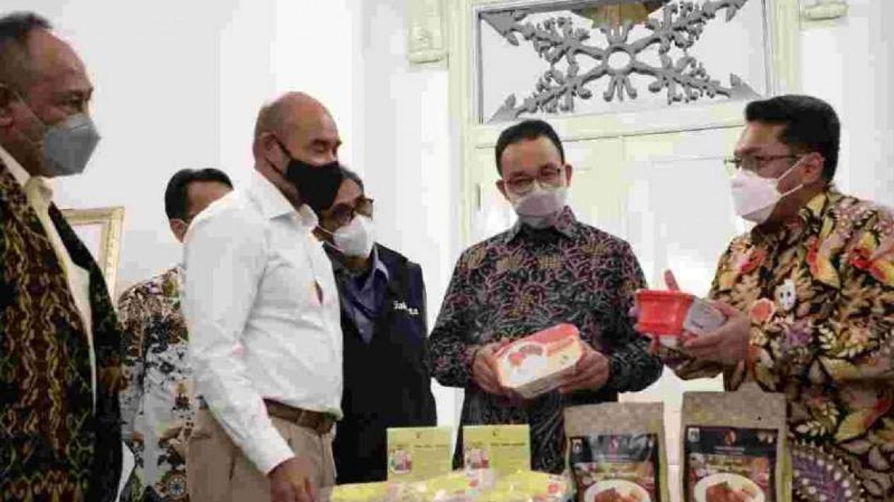 Kerja sama penyediaan daging sapi antara Jakarta dan NTT.