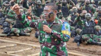 VIVA Militer: Dankodiklatad, Letjen TNI Anto Mukti Putranto