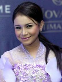 Rossa Roslaina Sri Handayani