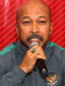 Fachry Husaini