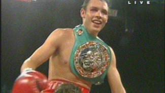 https://thumb.viva.co.id/media/frontend/vthumbs2/2010/06/27/15982_chavez-jr-menang-angka-atas-duddy_325_183.jpg