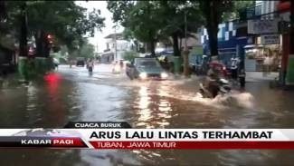 https://thumb.viva.co.id/media/frontend/vthumbs2/2016/01/27/banjir-tuban_56a83ecbc810f_viva_co_id_325_183.jpg