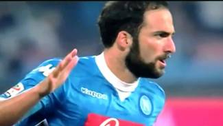 https://thumb.viva.co.id/media/frontend/vthumbs2/2016/05/17/higuain_573ac35b5a806_viva_co_id_325_183.jpg