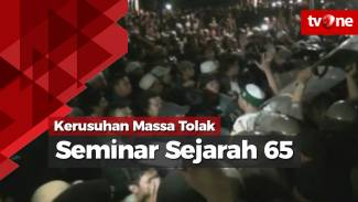 https://thumb.viva.co.id/media/frontend/vthumbs2/2017/09/18/kericuhan-massa-tolak-seminar-sejarah-65_59bf463f238ee_viva_co_id_325_183.jpg