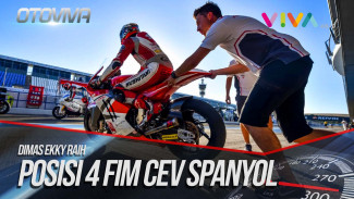 https://thumb.viva.co.id/media/frontend/vthumbs2/2018/10/01/pembalap-astra-honda-racing-dimas-ekky-raih-posisi-4-fim-cev-spanyol-2018_5bb221896cd4b_viva_co_id_325_183.jpg