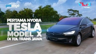 https://thumb.viva.co.id/media/frontend/vthumbs2/2019/01/03/tesla-model-x-cms-2-0_5c2dd3eb51c12_viva_co_id_325_183.jpg
